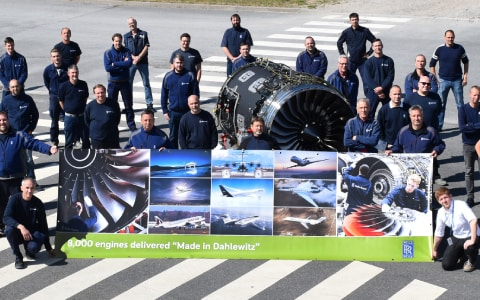 Rolls-Royce delivers 8,000th engine from Dahlewitz, Germany