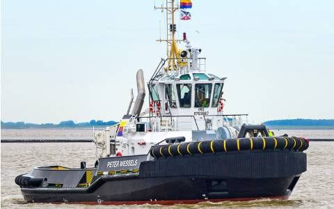 """MTU engines from Rolls-Royce to supply new """"Peter Wessels"""" tug in Emden port with 63 tons bollard pull"""
